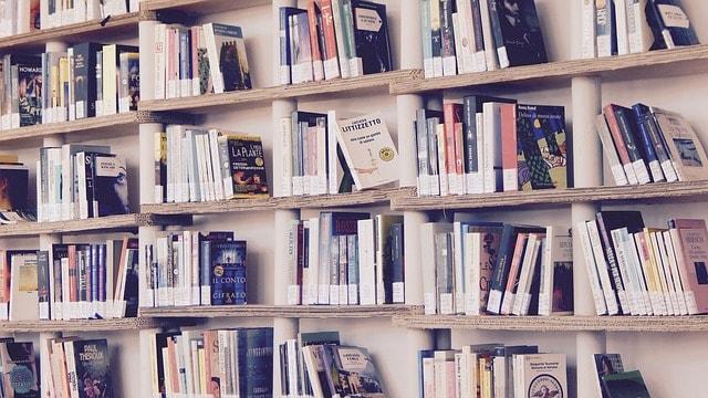 Gdzie kupować tanie książki online?